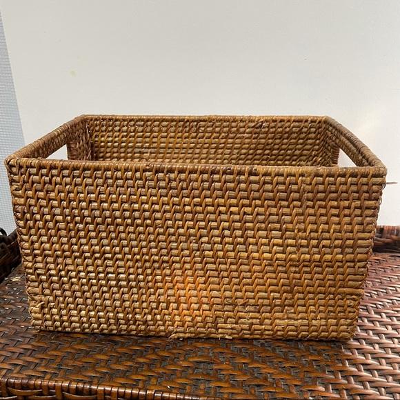 Rattan Storage Basket Organizer